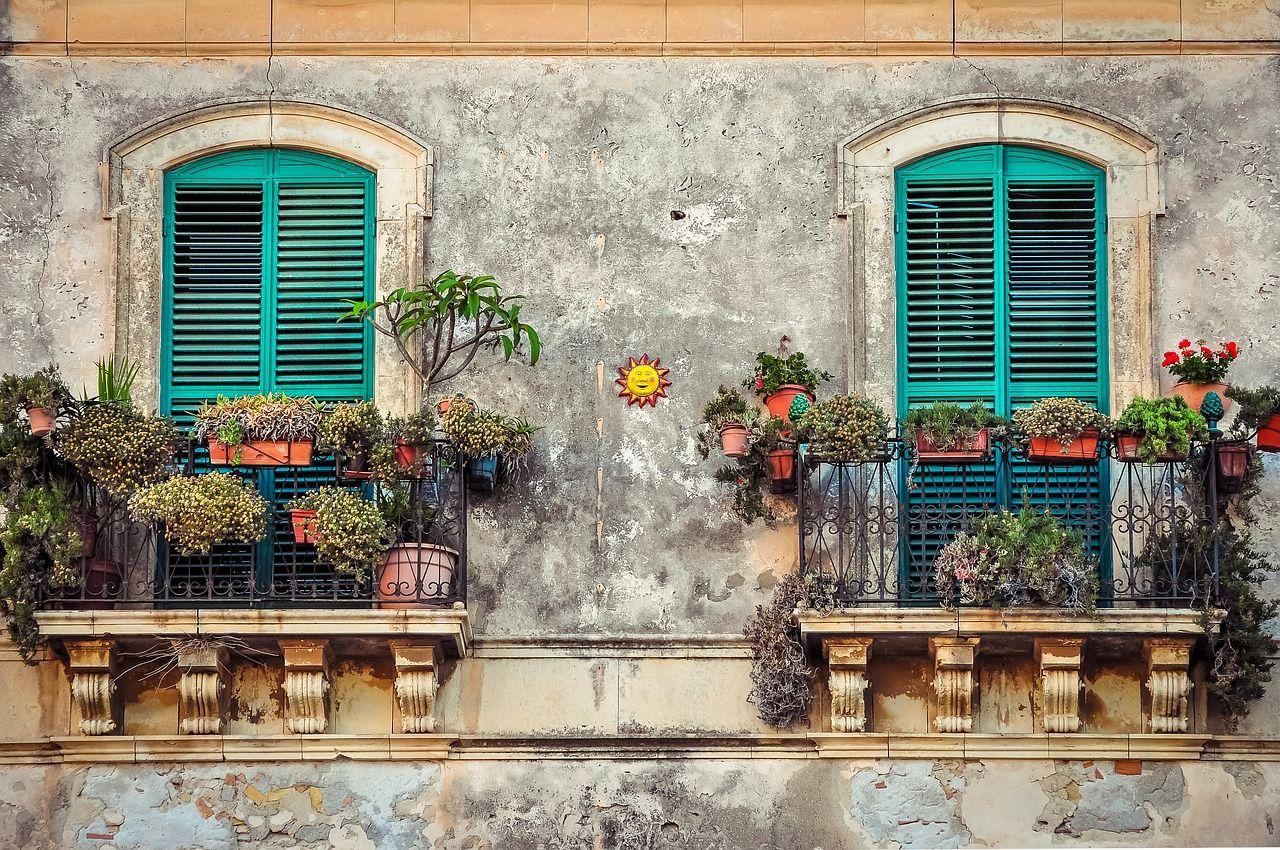 Jak chroni się domy przed zawilgoceniem?