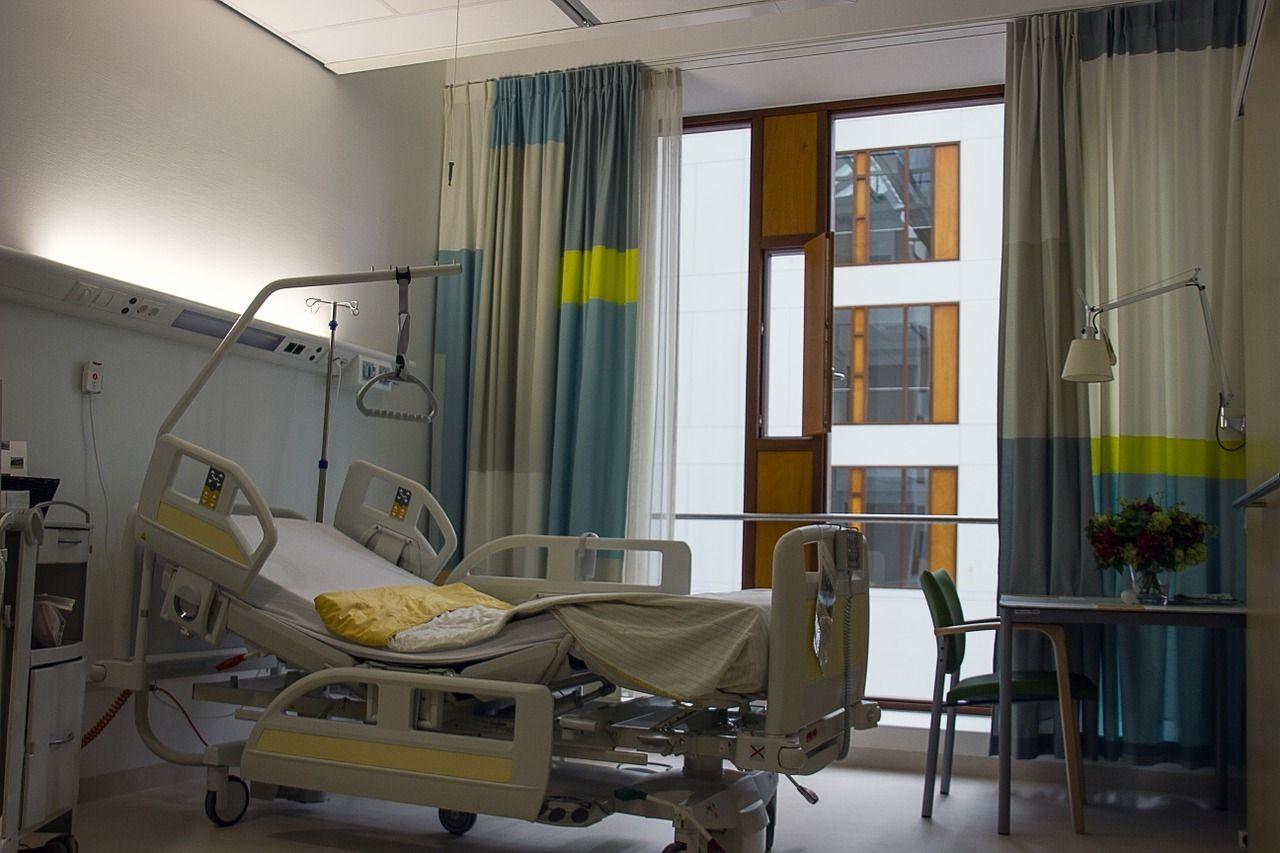 Łóżko ortopedyczne - kupić czy wypożyczyć?
