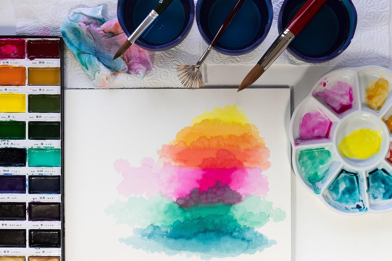 Podarunki dla miłośnika malowania